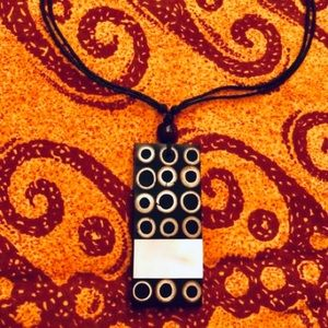 Jewelry - 3/$30 ❤️ New Zealand Mother of Pearl Pendant